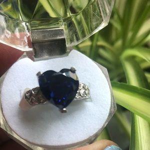 Jewelry - Tanzanite size 9 ring